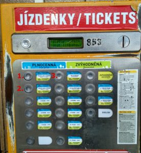 How to use Prague's ticket machine